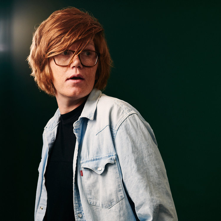 Brett Dennen Talks About a Leaky Tour Bus and the Value of Making Lots of Mistakes